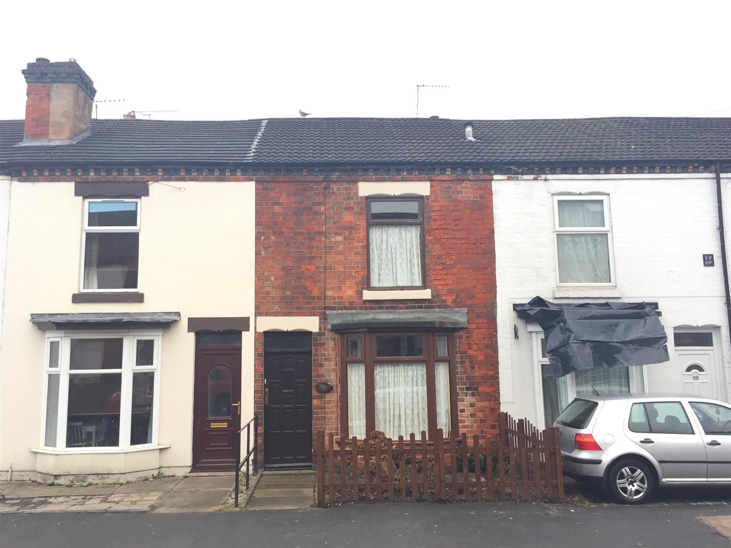 2 Bedrooms Terraced House for sale in Shobnall Street, Burton-On-Trent